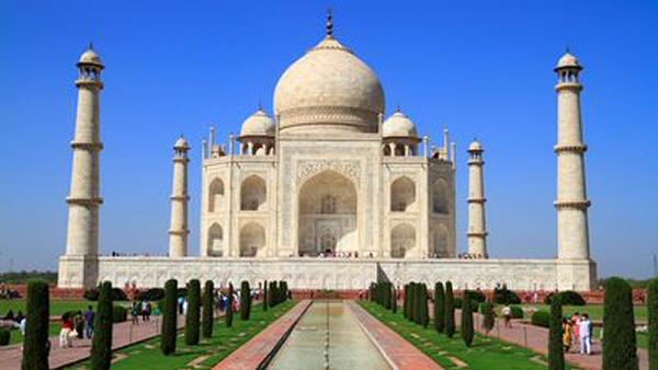 Taj Mahal.Inde. Un mausolée en marbre blanc