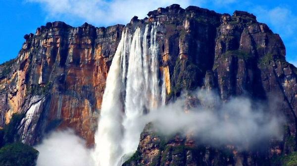 Salto Angel. La plus haute chute d'eau du monde