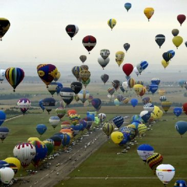 Chambley , France. Plus grand décollage de montgolfières au monde. 2017